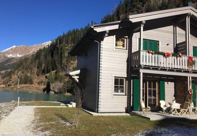 freistehendes Haus in Enzingerboden - Lodge Seeblick 161 am Skilift und Bergsee für 5 Pe